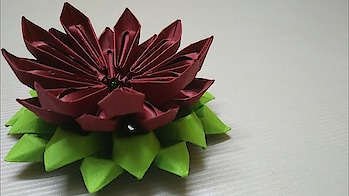How to make paper flower_paper flower tutorial #paperflowers #papercraft #papercrafts #papercrafter #papercrafting #diy #craft #craftwork. #crafty #diyflower #crafting #like #followers #likeforlike #flowerscrafts #roposo #creativespace