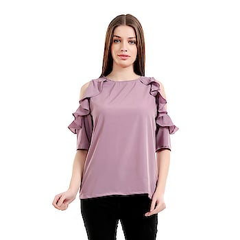 #girlsshopping #crepe #lightpurple #coldshoulder #ruffledSleeves #top For #Girls/Women SELLING PRICE- 455/- LINK- https://bit.ly/2q4BstE  This #Westernwear #Top is made for the #modern #woman who embraces #fashion and #comfort.#offshoulder #trendy #todaysspecial #latestfashion #Ruffledsleeves #bellsleeves