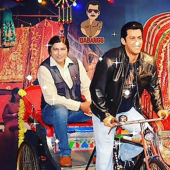 अरे चलो भाईजान चाँदनी चौक ले चलो...@ #dabangg #glitter #celebrity_fashion #celebritystylist #celeberity #bindaas #star #bollywoodstars #salmankhan #superstar #supermodel #superb #modelling- #newdelhi