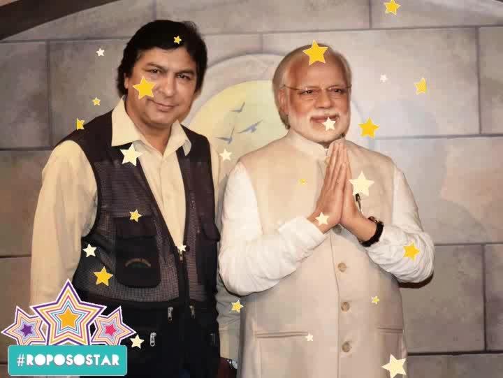 एक मुलाकात..@ #roposostar #stars #politics #celeberity #celebrity_fashion #celebritystylist #celebritydresses #bindaas #star #superb #superstar #news #newdelhi