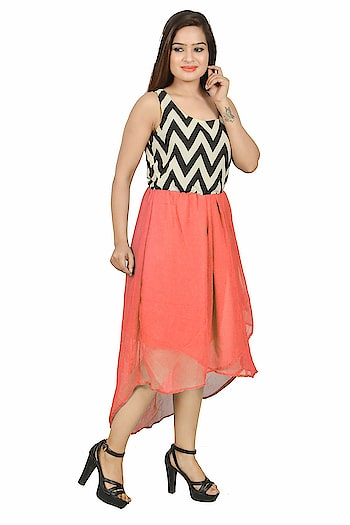 Looking for something like this ? ✅like ✅tag ✅follow✅share with your friends Explore the #modern and #westernlook by wearing this #Sleeveless #Pinkdress. The knee length dress allows you to wear it on any #traditional #occasion or #party occasion without any #hesitation. .#offshoulder #trendy #todaysspecial #letestfashion SELLING PRICE - 455/- For See More & Buy:-https://bit.ly/2EiBO42