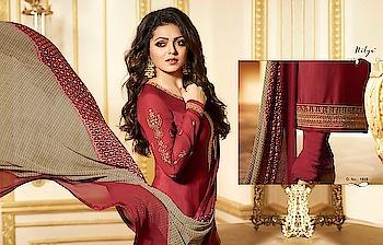 #lt  #nitya #vol 116 #designer #suits  on @looksfab.fashion   #Stylish #wear  #womenclothing #drashtidhami #austrialia #india #indiasuits #salwarkameez #ladieswear #surat #bangalore #Sunday #ordernow #whatsapp +918097775536 #KKRvRCB #DateMyFamily