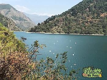 #himachaldiaries #naturekepass #dhanaulti #lake #musafirchannel #travel-diaries #musafir #twinklewithmystyle #glitter #naturekepass