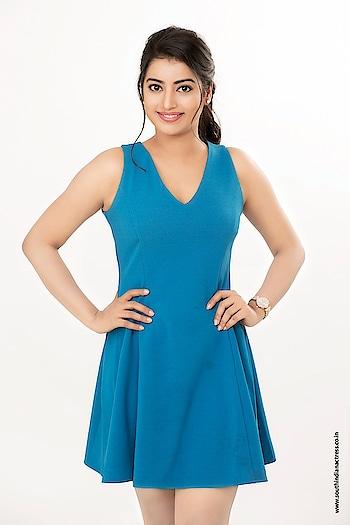 Tarunika Singh, telugu actress model latest photoshoot stills. More photos at  http://www.southindianactress.co.in/featured/tarunika-singh-photoshoot-stills/  #tarunikasingh #southindinactress #teluguactress #southindianmodel #southindiangirl #blue #bluedress #shortdress #casual #casualwear #casualwear #hotness #hotdress #fashion #style #styles