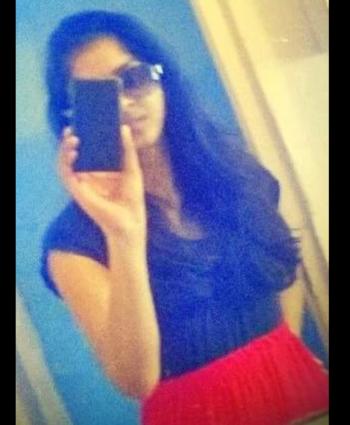 Black top nd red long skirt #redlove #longskirt #blacktop #blacklove #longhair #lumiaphotography #happymood #rops-style #roposobeautyblogger #self-love #atipaday  ❤