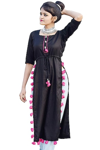 Fashion is about dressing according to what is fashionable style is more about being yourself Here are some trendy and fashionable dress from the house Rajkumari click on the images for purchaing. #trendydress #fashionabledress #stylishkurti #casualkurta #long kurta    Buy now:- https://amzn.to/2HQWFPu