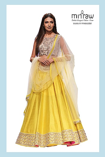 Looking to buy #Lehengacholi at lowest cost? Visit a website Mirraw