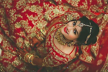#wedding-bride #trendingonroposo #wows #cuteness-overloaded #pic-click #captures