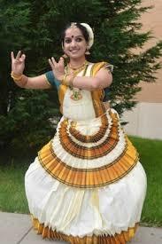 #mohiyattam #danceform #dancer #practicemakesperfect #myfavorite #danceforlife #artist #portfolio #potrait #monochrome  #shooting #blackandwhite #workshop  #loved #dance #💃🏻 #latepost #cha #odissi #indianclassical  #art #artofvisuals #arts #folk #kerala