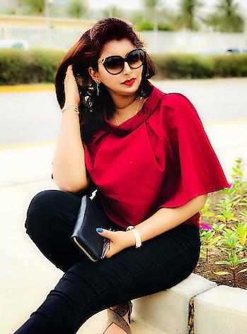 O.O.T.D ❤️❤️❤️❤️ . . . . . #potd #ootd #fashion #fashioninfluencer #blogger #fashionblogger #style #styleblogger #bloggerstyle #whatiwore #fashiongram #trend #styleinspo #lookbook #chic #stylegram #fashioninfluencer #newtrend #outfits #instafashion #instalove #plixxobypopxo #love #instagood #picoftheday #mumbaifashionblogger #fashionblogger #indianblogger #indianfashionblogger
