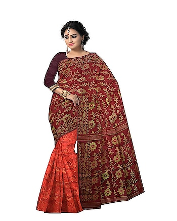 Latest collection of handwoven #dhakaijamdani sarees of Bengal online. Shop for this beuaty at: http://ow.ly/bcQ330jLHiT