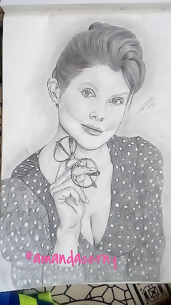 @amandacerny potrait  #draw #drawing #painting #color #paint #toptags #drawings #sketch #drawn #disegno #beautiful #desenho #sketchbook #like #artlovers #illusration #galleryart #ig_artistry #sketch_daily #igers #illustrator #artistic_share #art_we_inspire #artwork #creative #instaart #artist #art #artstagram