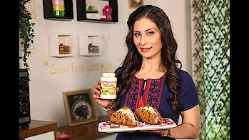 It's time for some Thepla Tacos stuffed with potato stuffing, topped with Cole slaw, Cheese, Chunso Pickle & variety of Chutneys... perfect fusion recipe for all round the year. #ChefMeghna #hungrytv