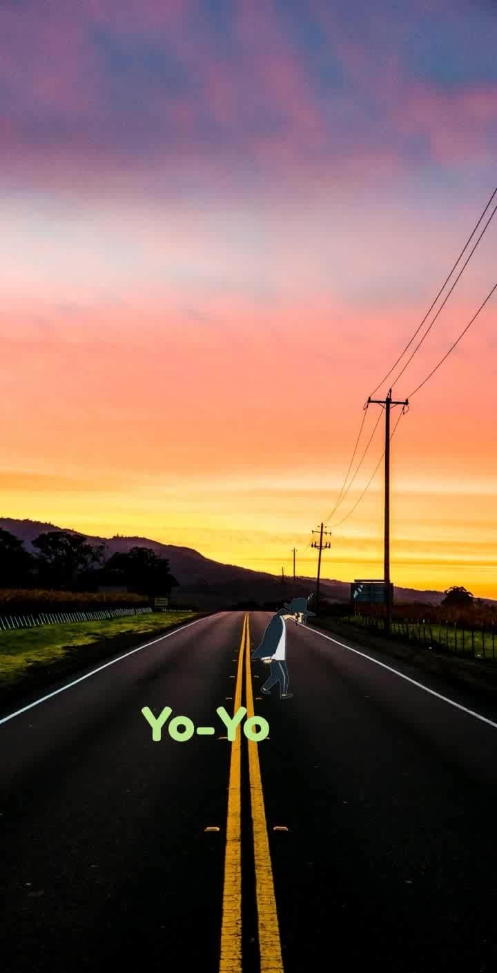 Yo-Yo if you enjoy give a like ❤️ #moonwalking