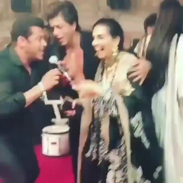 These two are complete entertainers! #SRK #SalmanKhan #SonamKiShaadi