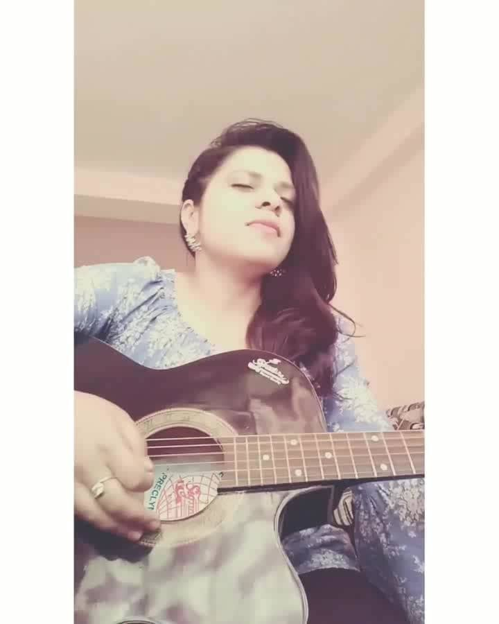 #roposo-good #cover #new #song #female #singer #musician #music #bollywood #beauty #aliabhatt #raazi #dilbaro #shankarmahadevan #ehsaan #loy #harshdeepkaur #roposotalenthunt #roposolove #beatschannel #roposo