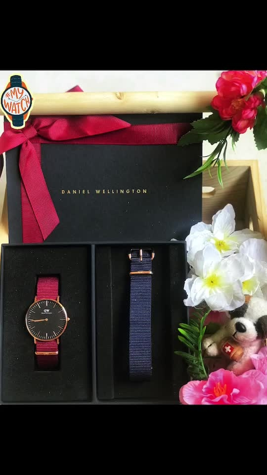 """Welcome the newest member of the DW Classic Family! This timepiece is versatile for a day to night look. . . Get the new classic now with my promo code """"RTB15"""" for special 15% discount on all purchases on www.danielwellington.com/in and at the stores too 😊 . That's not all now they also offer cash on delivery in India. Hurry up ✨ . . . #danielwellington #dwnewclassics #reneethereborn #lifestyleblogger #fashionblogger #delhi #watch #classic #red #blue #gift #love #luxury #Roposoblogger #roposolove #soroposo #roposostyle #mywatch"""