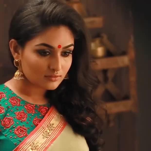 Prayaga Martin behind the scenes photoshoot for Vanitha Magazine covershoot. #prayagamartin #southindianactress #malayalamactress #indianactress #actress #actressdress #actressfashion #fashion #southindianfashion #southindian #modelphotography #modelphotoshoot #indianmodel #behindthescenes #photoshoot #photoshootvideo #model #saree #kerala #keralasarees #keralastyle