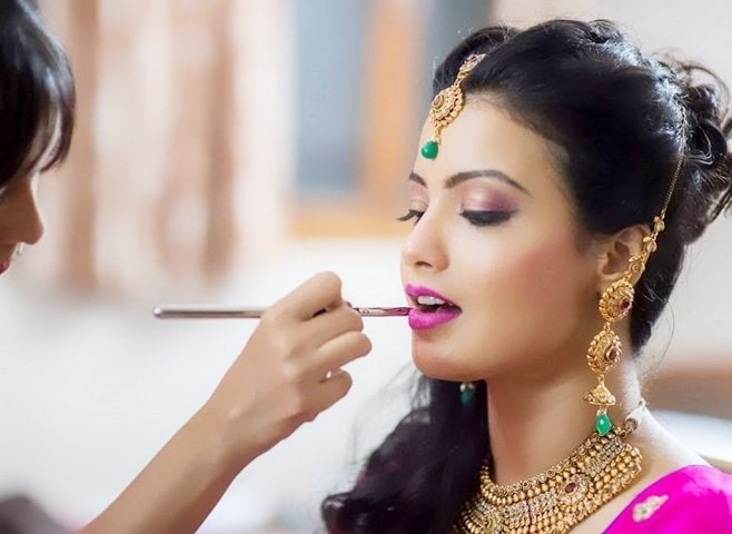 Best Bridal Makeup Artist in Delhi - Complete Checklist  Visit: https://www.quora.com/Who-is-the-best-bridal-makeup-artist-in-Delhi/answer/Narender-Singh-Phartyal-2  #bridalmakeupartist #makeup #makeupartistdelhi #wedding #bestmakeupartistindelhi