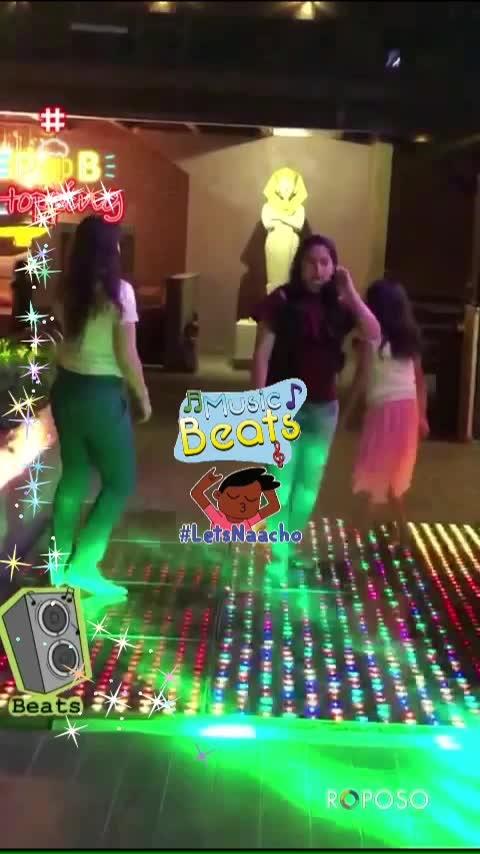 #partypeople #partyanimal #trending #beats  #celebrations #roposolove #roposocontests #roposotalks #captured #lookgoodfeelgood #dance #wow #fashionquotient #musicbeats #beats #letsnaacho #letsnaacho #beats #musicbeats #musicbeats #letsnaacho