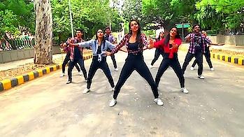 Ishq Tera Tadpaave: Dance Cover by Komal and team   Presented by The Viral Flavors Team  #madeinindia #ipl #new #lookgoodfeelgood #food #girls #pyarekdhokahai #loveyourself #fun #iplfever #queen #life #batmanrunning #oldschool #soulfulquoteschannel #ipl2018 #goodmorningpost #ropo-style #kolkataknightriders #cute #trends #goodmorning #therebel #glitter #chennaisuperkings #indian #myjam #goodnight #sunrisershyderabad #captured