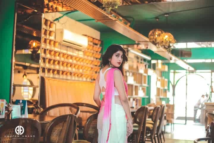 Indo Western dress #soroposogirl#roposo-fashiondiaries#roposing#ropo-love#fashioninfluencerdelhi#be-fashionable#adventure #lifetyle #flowers