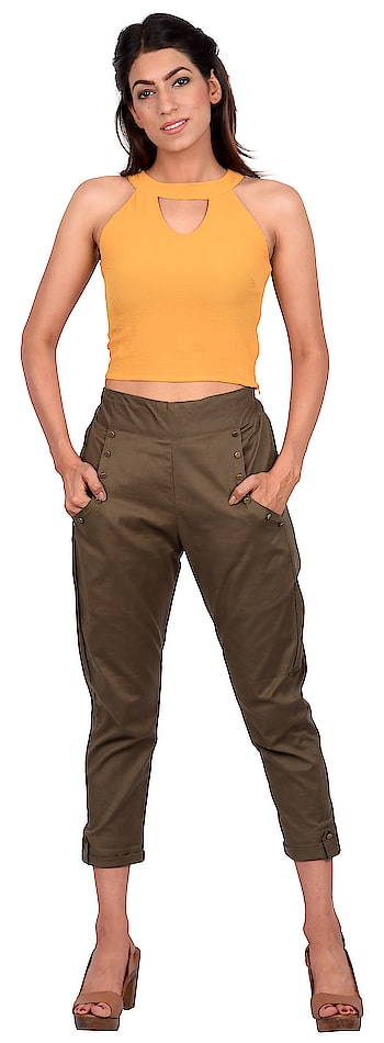 Why should boys have all the fun ! These super cool khaki pants are good for a lounge and for that important office meeting. So couple them with one of our cool shirts or tops and forget the rest. Stay focused, stay fashionable.  #western #westernwear #pants #women-fashion #women-branded-shopping #womenwear #women-style #women-apparels #womens_clothes #womenspants #ropo-daily #casuals #casualwear #casualoutfit #casualootd #womensboutique #fashiondesigner #fashionblogger #fashionables #mumbai