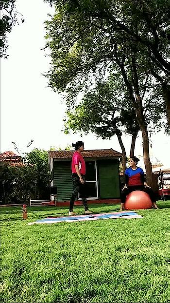 Strong girls 💪 @yogini_priya @shivangisharmayoga ❤️❤️   #plank #plankworkout #plankchallenge #newvideo #strongwomen #fitgirls #fitnessmotivation #fitnessfreaks #fitnesslove #practice #practicesessions #yogainnature #yogaworld #yogawithin #yogamastersindia #yoginis #yoginispirit #yogaaddict #yogaeverywhere #yogaeverydamnday