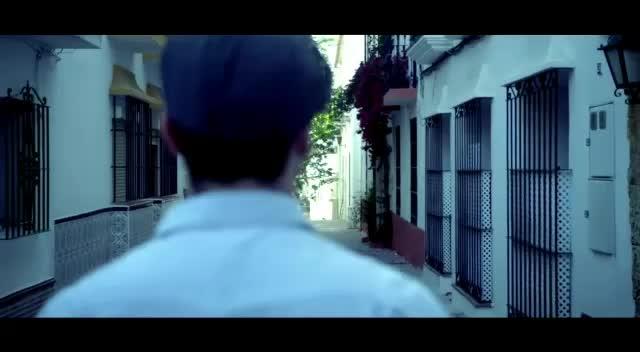Aye Aye 😍😍    #postoftheday #songoftheday #best #morningmood #englishsong #hollywood #french_fashion #beats #gamechangers #blogging #filmistaanchannel #filmistaan #soulful #poetry #rappermaddy #indianfashionblog #california #france #paris #paris_fashion_week #loveness #viralvideo #viral #bazaar #collaboration #hahatv #bohofashion