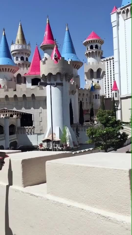 Excalibur Hotel Las Vegas 😍😍😍💕💕 : #lasvegaswithnehamalik  #usatripwithnehamalik ✈️😍 : #lasvegas #lasvegasstrip #vegas #excalibur #excaliburhotel #excaliburhotellasvegas #luxurious #hotel #montecarlo #lasvegasstreets #beautiful #beautifulview #beautyallaround #travelblog #travelandleisure #travelphotography #nehamalik #model #actor #diva #blogger #instalike #instagood #instatravel #wanderlust
