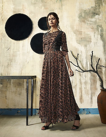 Fashionable Ready-made Party Wear Gowns...😍😍😍 Starting From 2999/- To Order Whats-app us (+91) 8097 909 000 * * www.nallucollection.com * * #gown #partywear #gowns #love #black #partyweargown #loveblack #shopping #eveninggown #gownstyle #gownshopping #love #dressinggowns #fashion #gownforsale #fashion #gownsfordays #gownsforher #longgowns #blackgowns #westerngowns #indowesternoutfit
