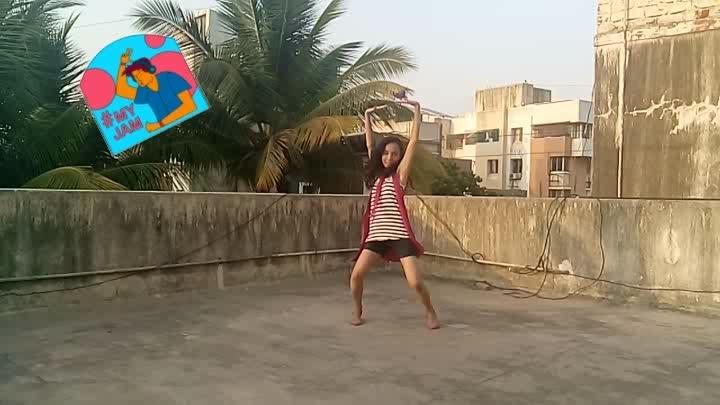 tip toe #tiptoe #dancemoves #beatschannel #beats #moves #myjam #roposodancer #myjam