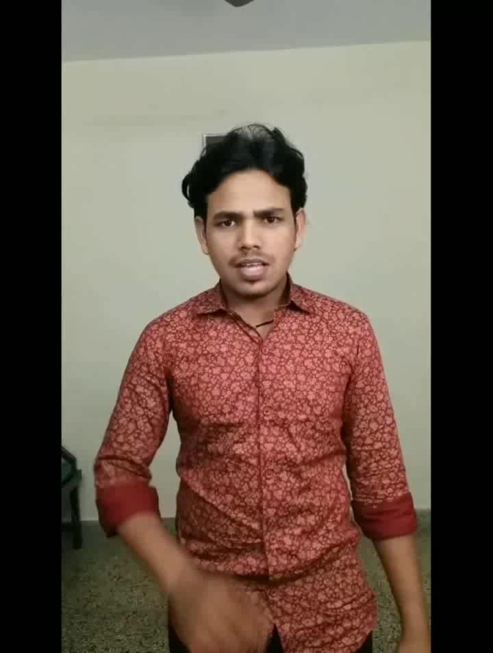 Gore gore mukhde pe kaala kaala chashma😂 Tag your friends now😂😂😂 W / @santosh_kumar15   #musicallyindia  #funnymusically  #desimusically  #indianmuser  #1mauditionperform   #hahatv   #punekar  #shortcomedy #mumbaikar  #bhiwandikar #hahatv #roposovideo #roposoviralvideos #trendingonroposo #non-vegjokes  #goregoremukhdepekaalakaalachashma #akshaykumar  #suhaag  #kaalachasma  #desiviners  #newdelhi  #jaipur  #ahmedabad  #delhi  #nepali  #bangalorian  #kolkata  #hasaanewalechhorekivines  #premagarwal