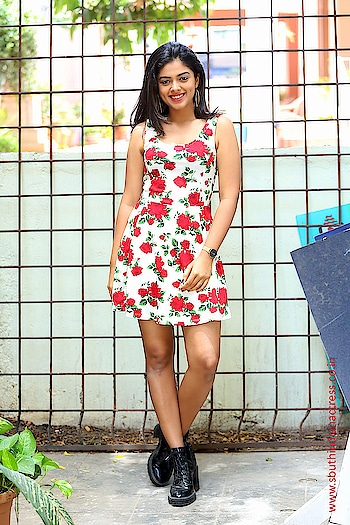 Siddhi Idnani Stills From Jamba Lakidi Pamba Movie Promotions https://www.southindianactress.co.in/featured/siddhi-idnani-jamba-lakidi-pamba-promotions/  #siddhiidnani #southindianactress #teluguactress #tollywood #fashion #style #floral #floraltop #floraldress #shortdress #shortskirt #hot #hotdress #hotgirl #southindiangirl #partywear #casualwear #styles #filmistaan #fashionquotient