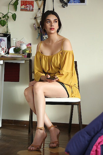 Aditi Rao Hydari stills from Sammohanam movie https://www.southindianactress.co.in/featured/aditi-rao-hydari-sammohanam-2/  #aditiraohydari #aditirao #southindianactress #bollywood #bollywoodactress #indianactress #indiangirl #hot #hotgirl #girlinshorts #shorts #hotlegs #hotdress #fashion #style #styles #rops-style #ropsofashion #filmistaan #filmistaanchannel #fashionquotient