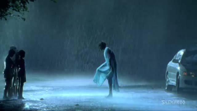 lo aa gyi romance wali baarish Happy Monsoon
