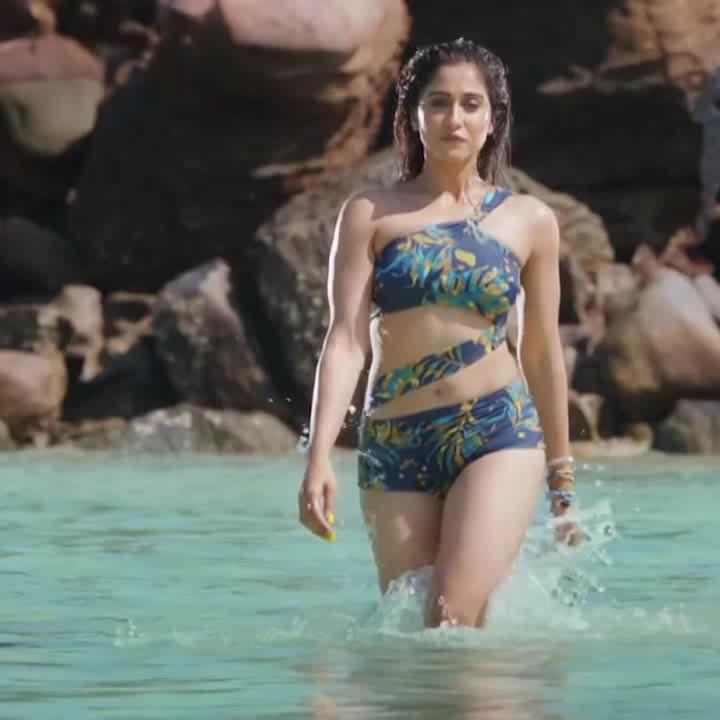 Regina Cassandra hot bikini moves from Mr. Chandramouli movie song #reginacassandra #bikini #southindianactress #tamilactress #kollywood #kollywoodactress #tollywood #hot #hotindianactress #indianbikinimodels #bikinimodel #bikinibody #bikinilove #sexy #hotfashion #fashion #actress