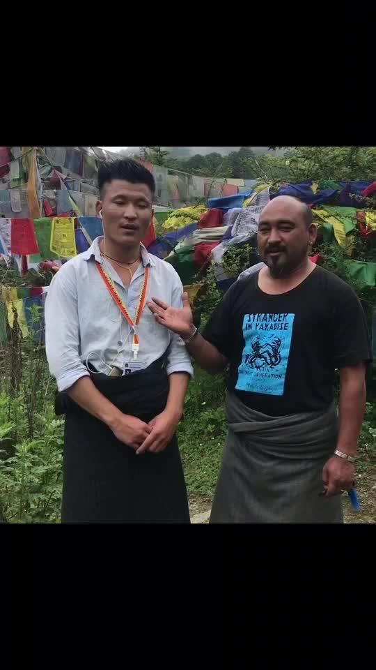 Gimba leso leso... Thk u Bhutan for all the love n hospitality... #bhutan #bhutanese #bhutaneseculture #sandipsoparrkar #india #dance #dancetravel #dancerlife #travel #indiabhutan #song #songanddance #lovedance