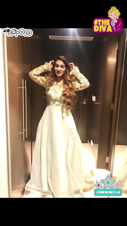 Best Sissy's wedding♥️ #celebration #divastyle #sassy #classy #trendsetter #weddingseason #happieness #behenkishaadi #pastelgreen #colouroftheseason #slayer #soroposo #roposoblogger #roposostar #soroposo #thediva