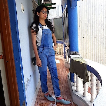 Live    love   laugh  #aboutdiutrip #diu #tourism #awesome #photography #travel-love  #lovephotography #lovemyoutfit   #nofilter  #noediting  outfit @ajiolife  shoes @ajiolife