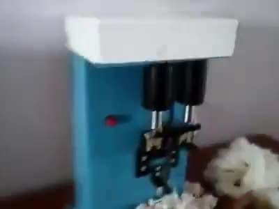 શું તમે આ મશીન જોયું હતું ? પેહલી વખત જોતા હોય તો લાઇક કરજો..!  રાઘે રાઘે...#roposostar #making #industry #youtubechannel #bhakti-tv #machine