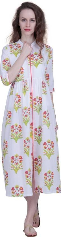 An amazing range of women Kurti in soft and solid colors that looks perfect for regular wear. With beautiful designs and patterns, these apparels are very stylish and comfortable too. Get rid of the 'regular' look this season wearing this kurti by The Kala Shop.  https://bit.ly/2ILdj1w  #womenkurti #ladykurti #palazzo #palazzoset #womenkurta