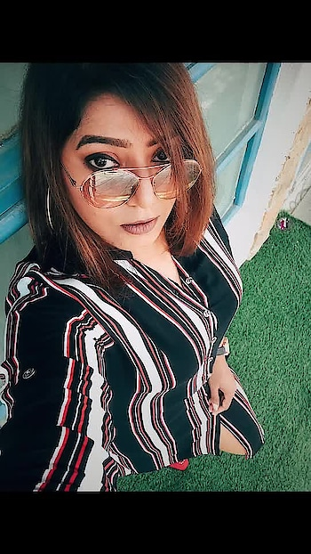 When I look into your eyes... I tend to lose my thoughts . Lookbook ** Shirt Dress - Colaba Market Glasses - @prada Ear loops - Colaba Market . Makeup ** Eyes - @morphebrushes @maybellineindia  Lips - @maccosmetics  Follow @tlcf_nicole for more style updates  @tlcf_nicole  @tlcf_nicole . . . #delhibloggergirl #lookbook #fashionblogger #fashiongram #fashionista #fashionandstyle #styleblogger #style #tlcfnicole  #delhiblogger #like4like #likeforlike #girlinstyle #instablogger #instastyle #instaclick  #possing #ootd #whattowear #ootdshare #mumbai_diaries #travelblogger #picoftheday #maybelline #prada #maccosmetics #travelblogger