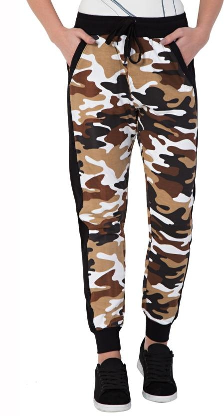 FflirtyGo Printed Men's & Women's Green Track Pants Ideal For: Men's & Women's Fabric: Cotton Usage: Sleepwear Pattern: Printed Fflirtygo aesthetically crafted men's track pants are one great pair of joggers that will give you comfort and style in a single package.   https://bit.ly/2N77TRm  #trackpants #joggers #sweatpants #Sleepwear #sportstrackpants