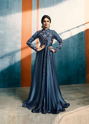 Weekend is coming and it's all about shopping! Grab this #blue stunning #Readymade Gown Starring #JenniferWinget available @ https://goo.gl/KaUJjy #celebritystyle #indianfashion #bollywood #bollywoodactress #ootd #flat50off #designerwear #indiandesigner #TGIF #bollywoodfashion #dress #shimmer #Golden #ShopNow #sneakpeek #USA #India #Canada #Australia #Dubai #UAE #Mauritius #London #Uk