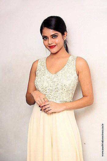 Riddhi Kumar stills at Lover Movie Trailer Launch https://www.southindianactress.co.in/telugu-actress/riddhi-kumar-lover-trailer-launch/  #riddhikumar #southindianactress #teluguactress #tollywood #tollywoodactress #indianactress #indiangirl #indianmodel #sleeveless #peach #peachcolor #fashion #styles