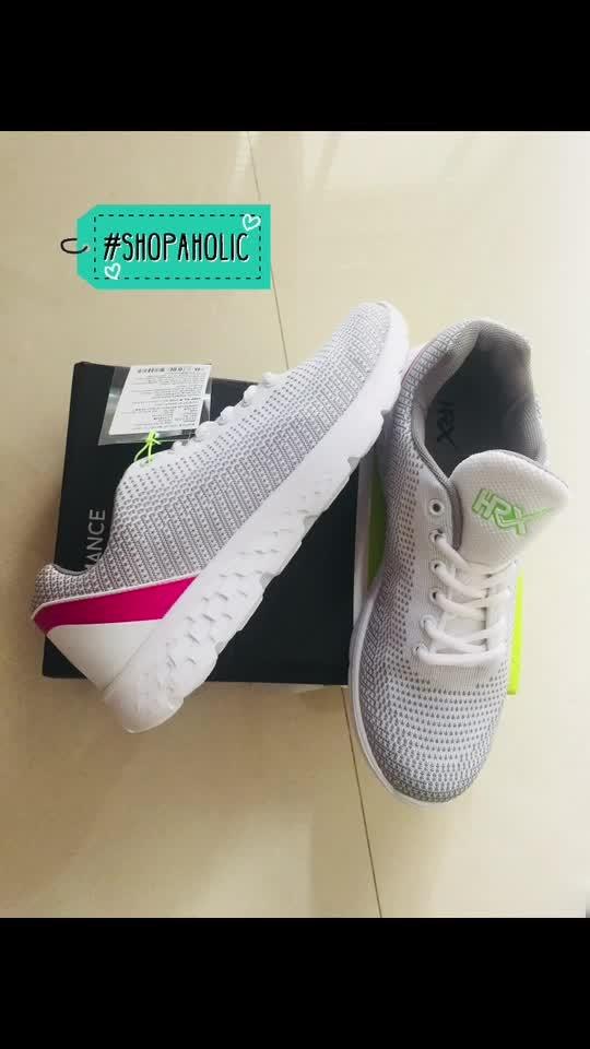 #newshoes #shoelovetruelove #hrxbyhritikroshan #updatingwardrobe #white #pink #sportshoes 👟👟 #shopaholic