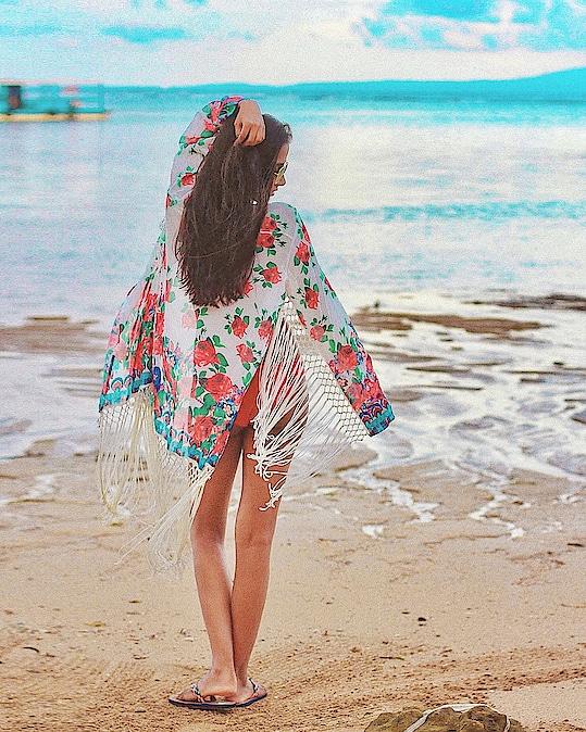 My Happy Place 🌊 #BeachBum #LifeIsBetterAtTheBeach . One from my Bali travelogue. You can find this and others on www.theduskess.com ✨ . . . . . . . . . . . #speechlessplaces #beachplease #vitaminsea #beachy #lifeisabeach #wanderlust #goexplore #letsgosomewhere #bali #travelogue #indiantravelblogger #indiantraveller #travelblogger #globetrotters #femmetravel #borntotravel #wearetravelgirls #ladiesgoneglobal #womenwhoexplore #travelawesome #traveljunkie #girlaroundtheworld #waterbaby #traveldiaries #unfairandlovely #travelinggirl #aroundtheglobe #indiantraveller #creativespace #thehappyone #weekend #natural #girls #girlswhotravel #happyvibes #happyplace #lifestyleblogger #beach #sealover #beachwear