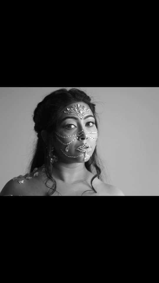 What I love about  #creativecollaboration is the freedom of expression while respecting and knowing other #artistic point of views at the same time! This #surreal look is all thanks to the very talented @shacheeamin at Brush Whispers 💁♀️💄and this amazing #greyscale #pics are the results of #creativeeye of @ramtez at R.K.Clicks 📷Totally adore this #creative outcome of three #creativeminds ! 💫💫💫💫💫💫💫💫💫💫💫💫💫💫💫💫💫💫💫💫💫💫💫💫 #creative #creativecommunity #creativemakeup #creativephotography #modelling #coachella #snowgoddess #bejeweled #artistique #artistsoninstagram #photoshoot #nzblogger #foodfashionandfunwithsonal #dramatic #snowqueen #goddess #instalike #instalove #instapic #eat #pray #love #live #laugh #stayhappy #stayclassy #stayhumble #stayblessed #black-and-white #sepia #black-gray #grayscale