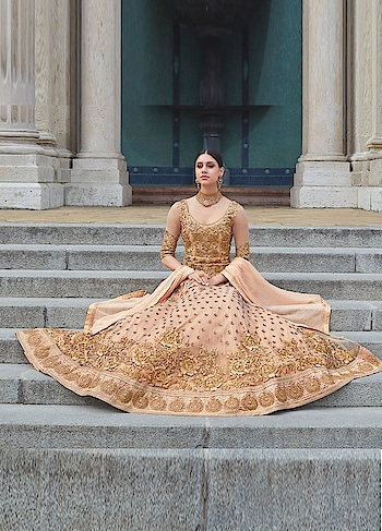 Manndola has come up with an an Exclusive #festive Collection . Grab this stunning #Brown and #golden Party Wear Anarkali available @ https://goo.gl/YpLpef #indianwear #ethnicstyles #missworldhungary #royalty #Anarkalidresses #SalwarSuit #BuyOnline #OnlineShopping #sneakpeek #jinaam #floralcreations #USA #India #Canada #Australia #Dubai #UAE #Mauritius #London #Uk #shopnow #manndola